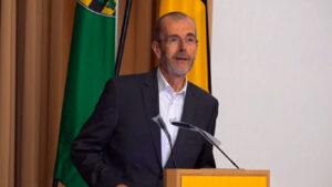 Moderator Prof. MartinGillo